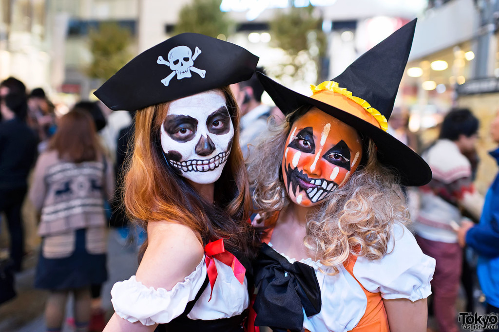 Exclusive Halloween Costumes Wallpapers Free Download