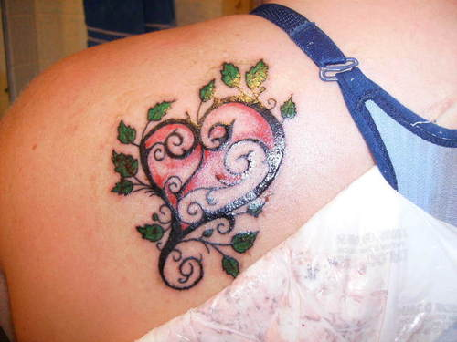 30 impressive tattoo designs for women for Women s heart tattoo designs